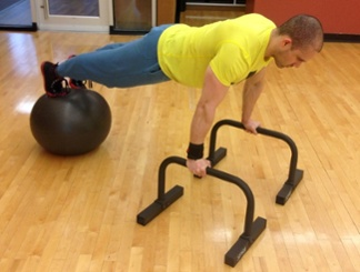 Body elevated push-up 1