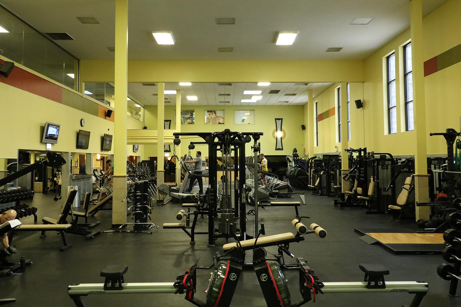 FFC Old Town Strength Floor