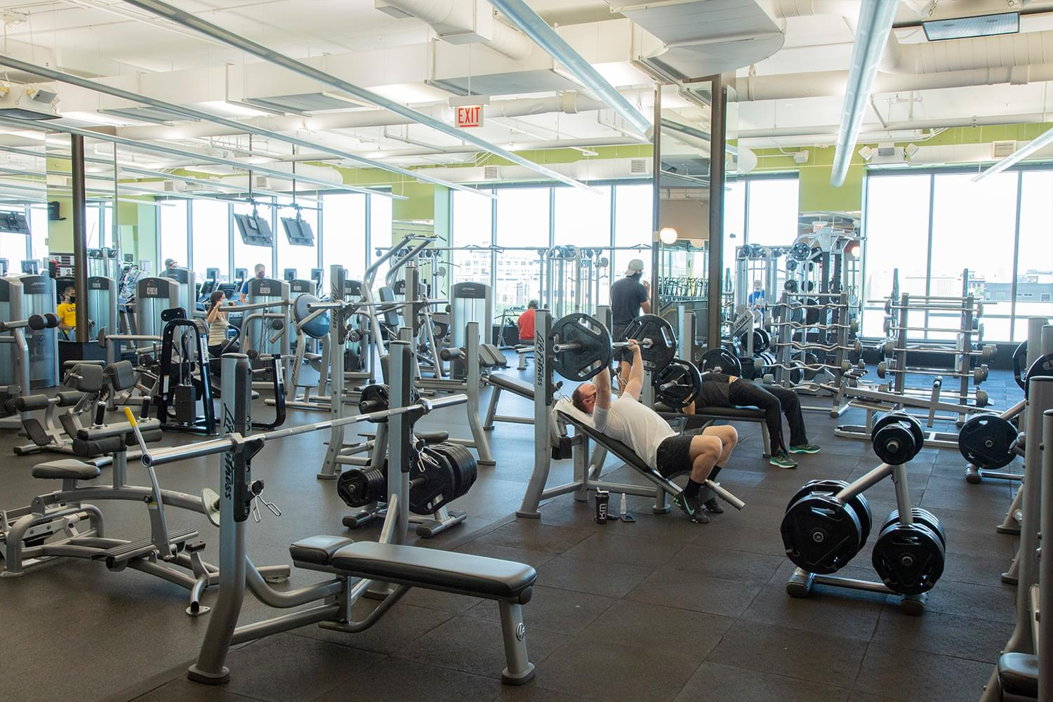 FFC Lincoln Park Fitness Floor Machines