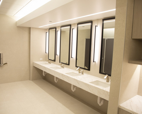 Photo of 190 Athletic Club locker room mirrors