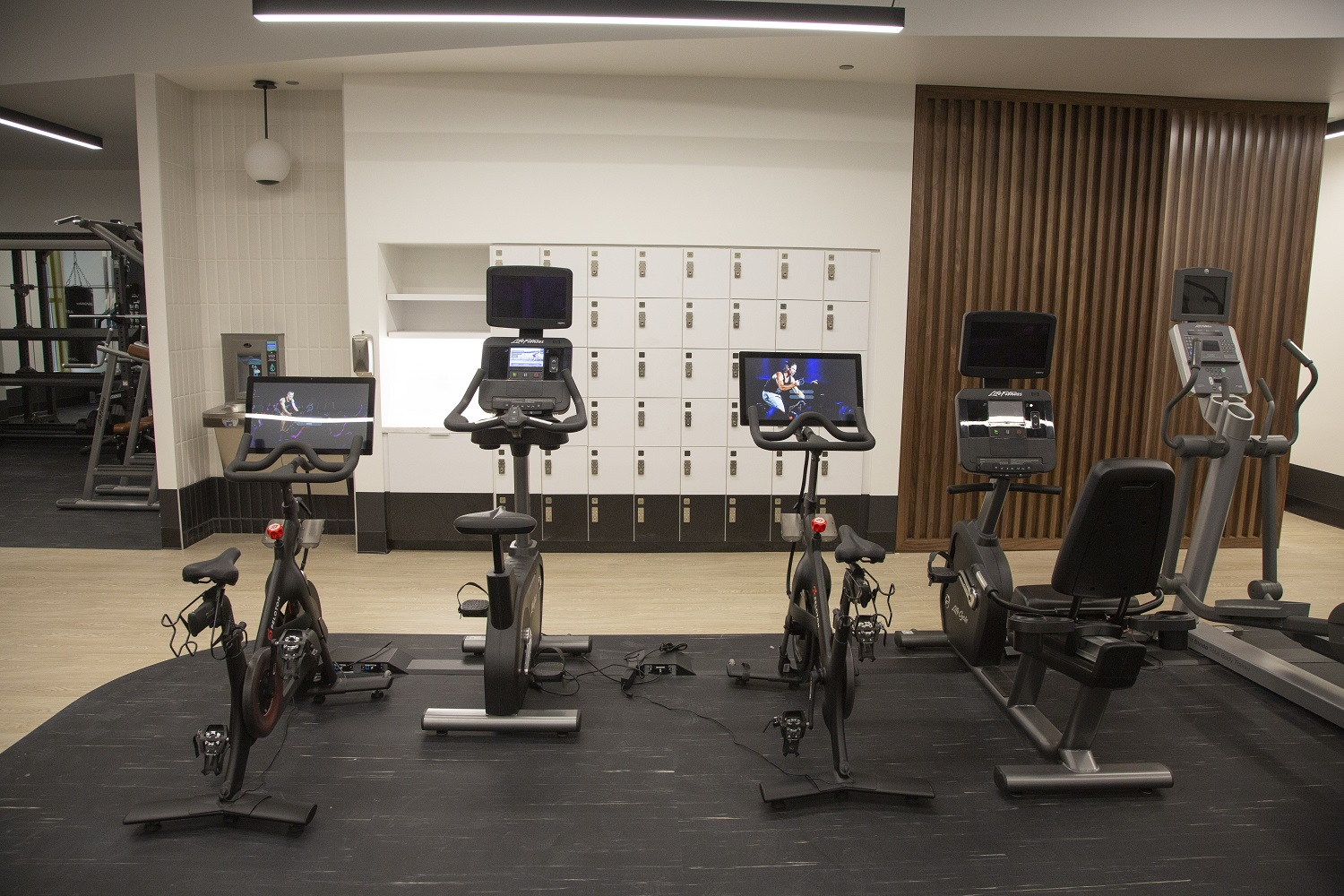 Photo of 190 Athletic Club machines and lockers